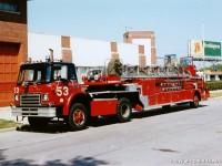 6. CFD International Harvester Tractor Drawn Ladder 53, k nerozeznání od vozu 46 z filmu