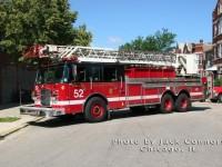 19. CFD Truck 52, v současné době (2010/2011) sloužící na stanici Engine 65 & Truck 52
