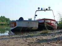 Výcvik na vodě – 10-12.6.2011, Veltrusy – Zakotvené čluny Byšiček a Lysé nad Labem