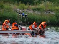 Výcvik na vodě – 10-12.6.2011, Veltrusy – Záchrana tonoucího pomocí člunu