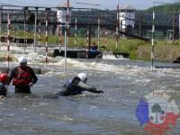 Výcvik v dravé vodě – 2012, Veltrusy – Skok do proudu