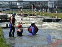 Výcvik v dravé vodě – 2012, Veltrusy – Příprava našich členů na skok do proudu