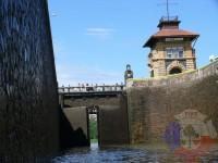 Výcvik v dravé vodě – 2012, Veltrusy – Výlet na lodích – plavební komora Hořín (ta větší)